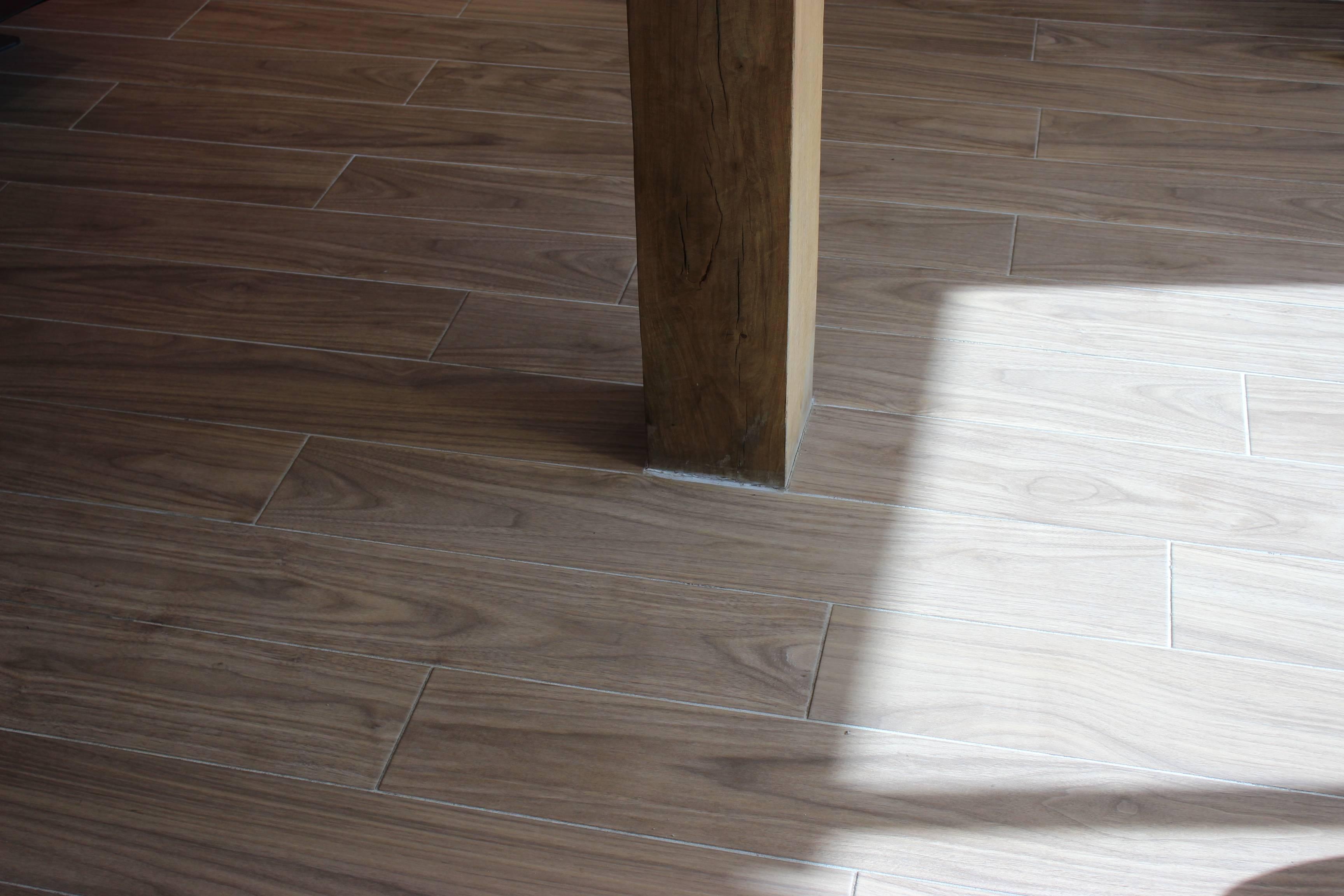 Carrelage parquet beige 20x120 cm LONG 92